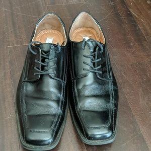 Square toe mens dress shoes
